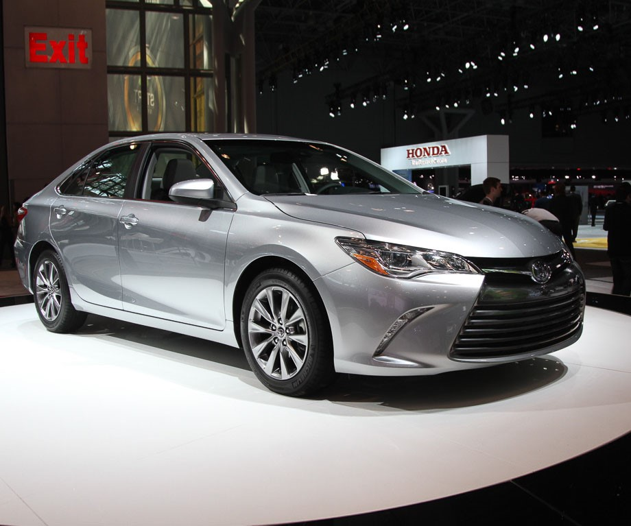 2016 Toyota Camry Xse >> What to Expect in the 2017 Toyota Camry - Limbaugh Toyota Reviews, Specials and Deals