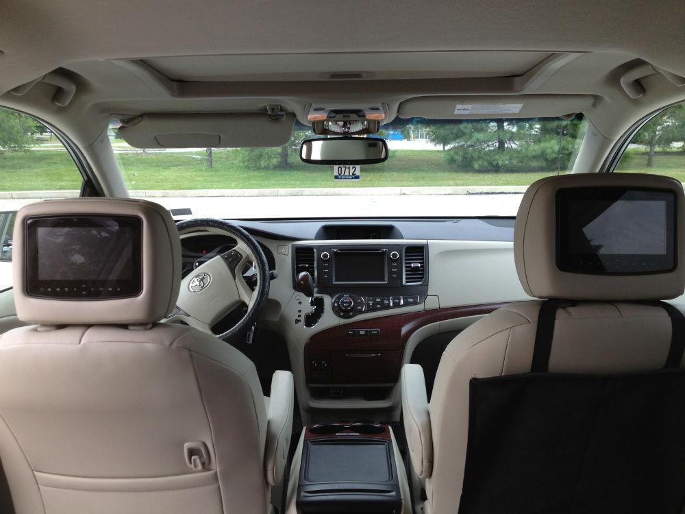 Toyota Sienna XLE Interior